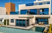CBC1383, Stunning 3 bed 4 bath luxury modern detached villa with a private swimming pool just 500m from the sea - Dehesa De Campoamor, Campoamor Property, Costa Blanca Property (South)  €990,000