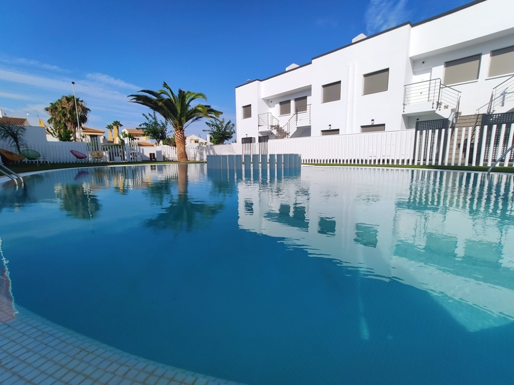 Key Ready fantastic new build apartments 500m from the sea 139,900€