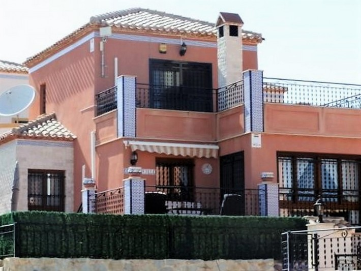 CBCD1147,  San Miguel de Salinas 3 bed 2 bath Detached Villa